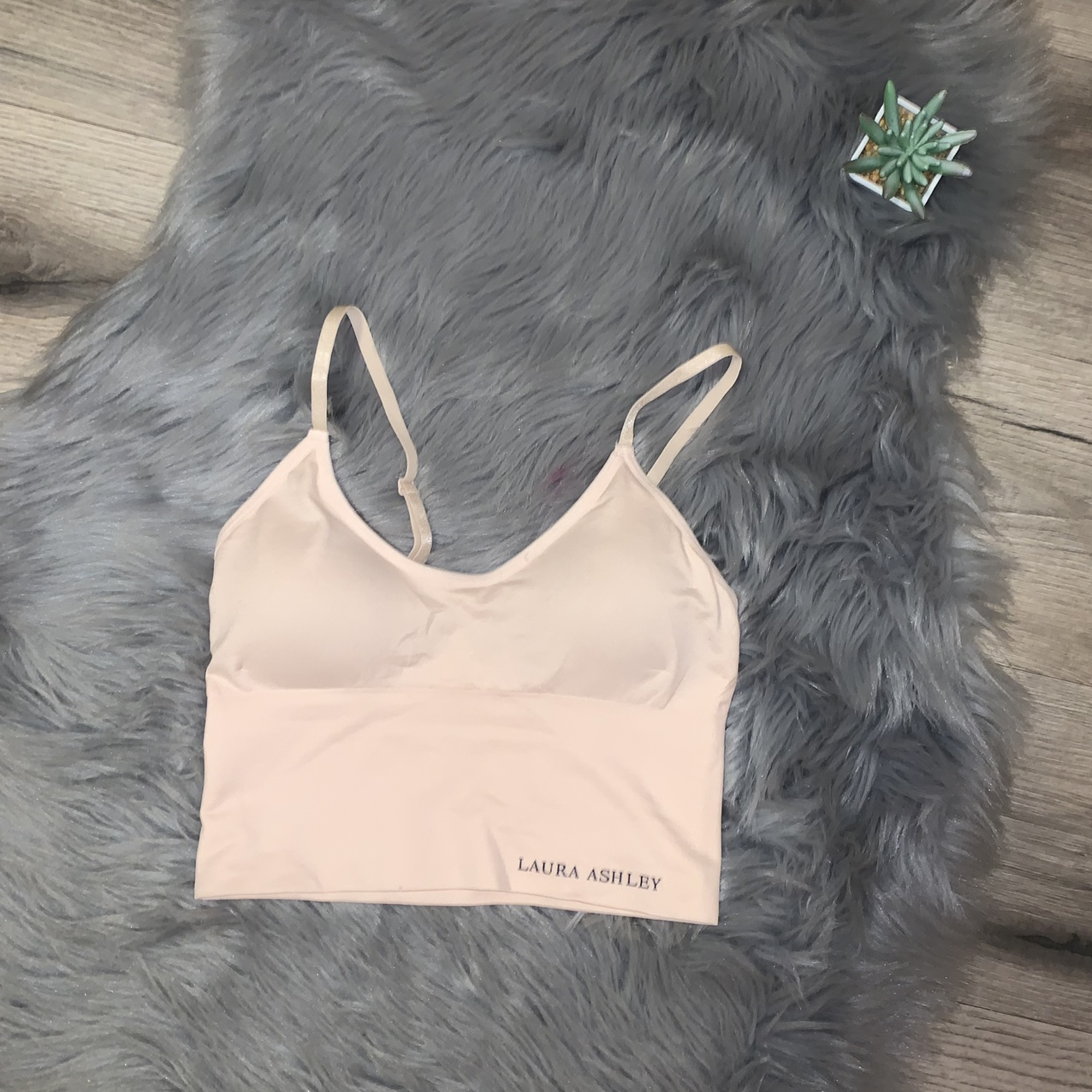 Product Image 1 - Laura Ashley baby pink crop