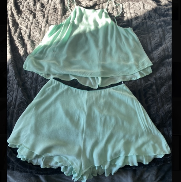 Product Image 1 - Cute two piece summer set!