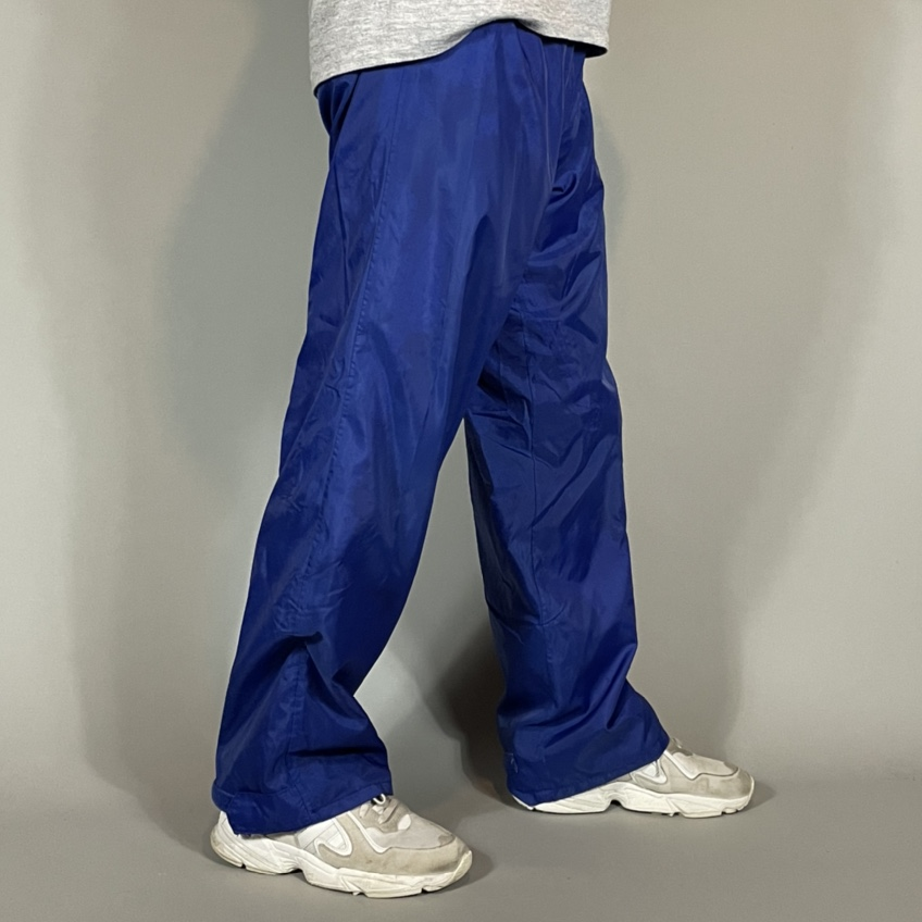 Product Image 1 - Vintage Campmor Outdoors Sweatpants   Size: