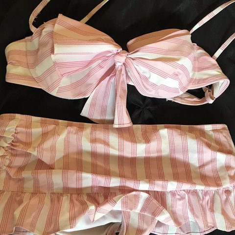 2a3b3074767c New Size Small Pink White Stripe Juicy Couture Bow Bikini a - Depop