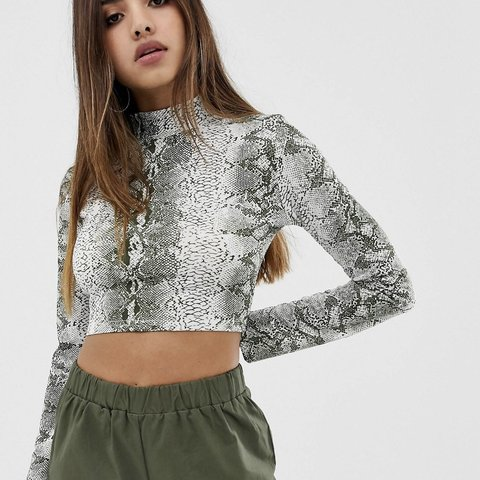0a724af5acd @hollymaughan_99. 3 hours ago. United Kingdom. Prettylittlething long  sleeve crop top high ...